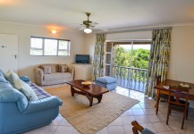 Fish Eagle Suite Living Room